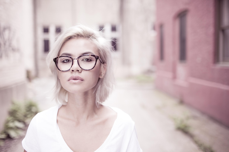 Hornbrille Ein Klassiker Der Brillenmode